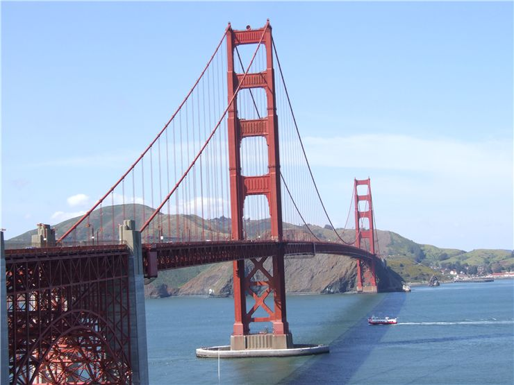 Picture Of Golden Gate Bridge At Sunny Day