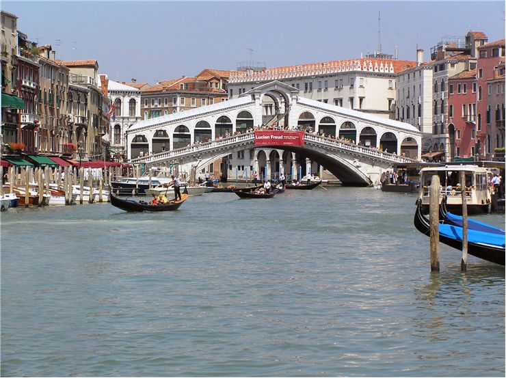 Picture Of Rialto Bridge Grand Canal