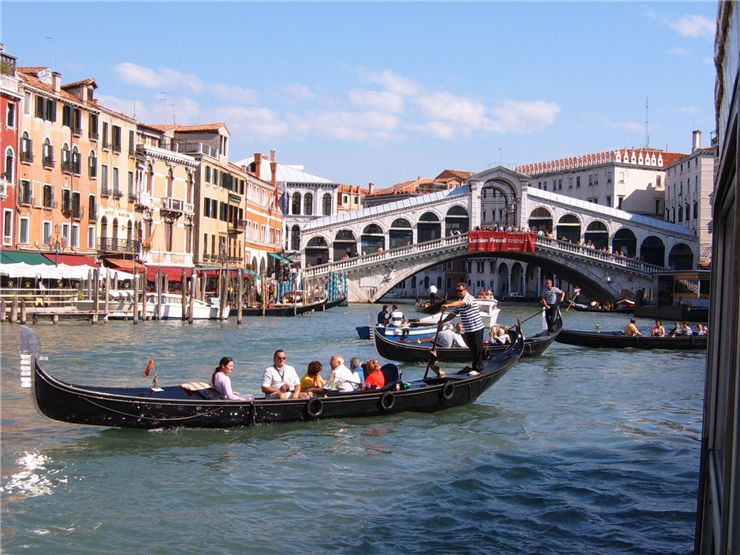 Picture Of Rialto Bridge Venice