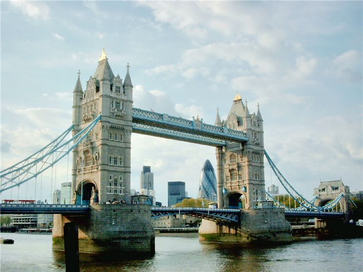 Picture Of Tower Bridge A Major Tourist Attraction