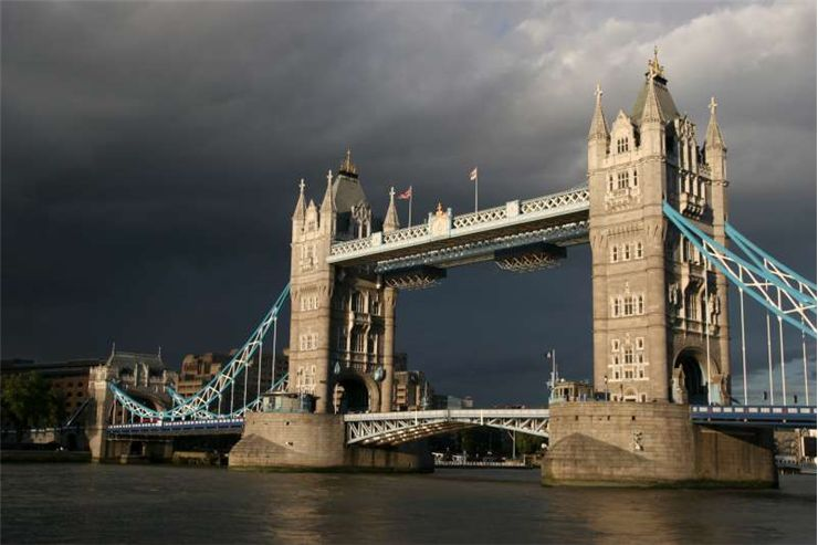 Picture Of Tower Bridge In London