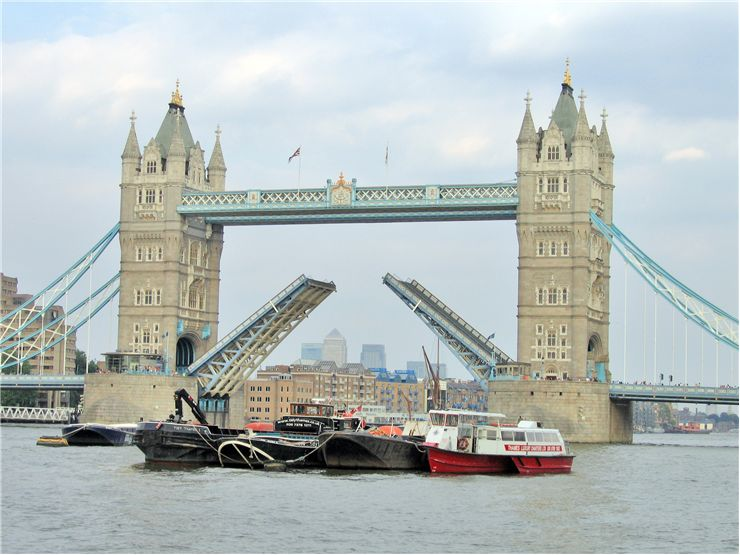 Picture Of Tower Bridge Opens